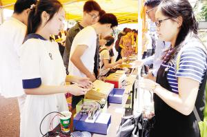 课外科技竞赛提升了学生实际操作能力。   云南大学供图